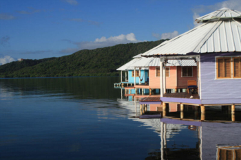 Lodges with perfect Eco Rating Score-Mango Creek Lodge in Roatan, Bay Islands, Honduras